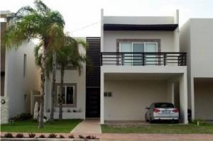 12 Hermosas y modernas fachadas de casas con balcón (1)
