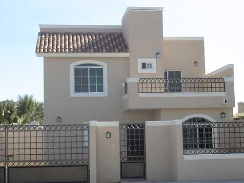 11 fachadas de casas modernas con herrer a fachadas de for Fachadas de casas modernas con negocio
