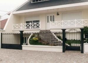 11 Fachadas de casas modernas con herrería (4)
