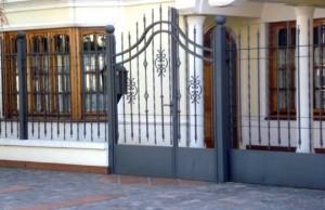 11 Fachadas de casas modernas con herrería (8)
