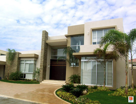 10 fachadas de casas modernas residenciales fachadas de for Fachadas casas modernas