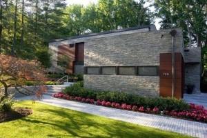 10 fachadas de casas modernas con lajas (1)