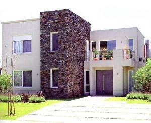10 fachadas de casas modernas con lajas (2)