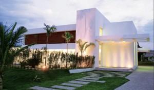 10 fachadas de grandes casas modernas (10)