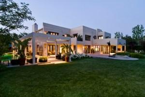 10 fachadas de grandes casas modernas (2)