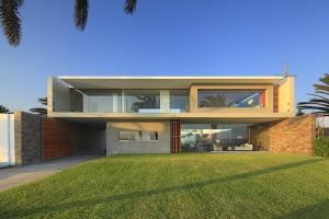10 fachadas de grandes casas modernas (4)