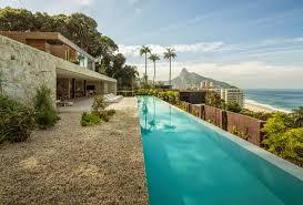 10 fachadas de casas modernas Brasil (9)