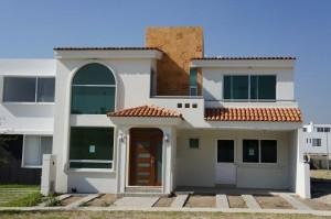 10 fachadas de casas modernas con molduras (8)